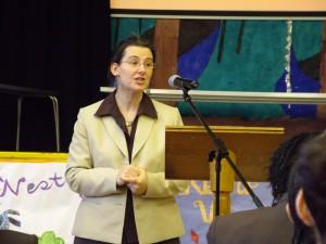 Karen Hans announcing 2008 Phoenix prize winner